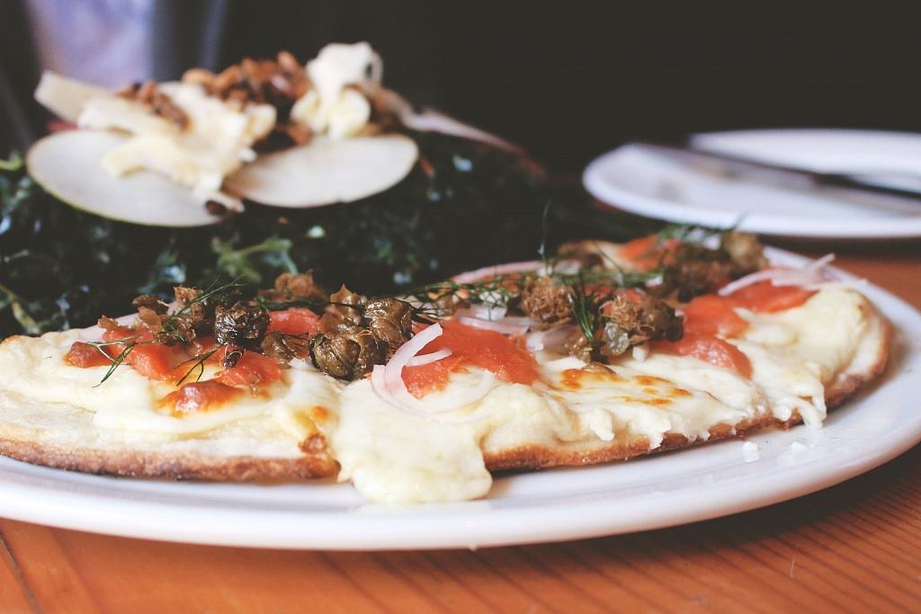 Miijidaa Cafe + Bistro Pizza