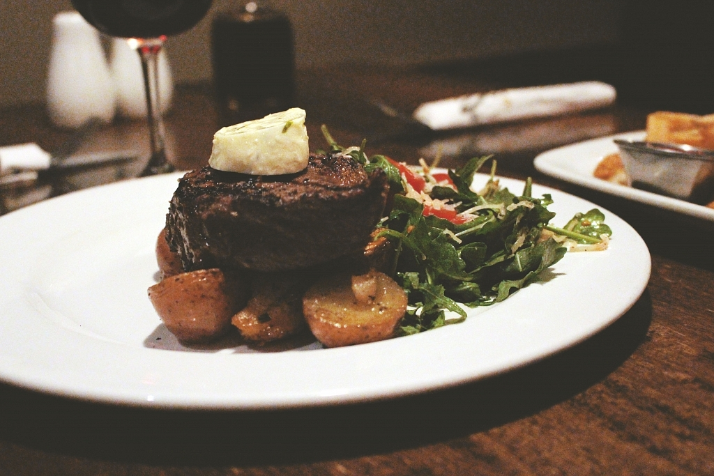 Borealis Grille & Pub Steak