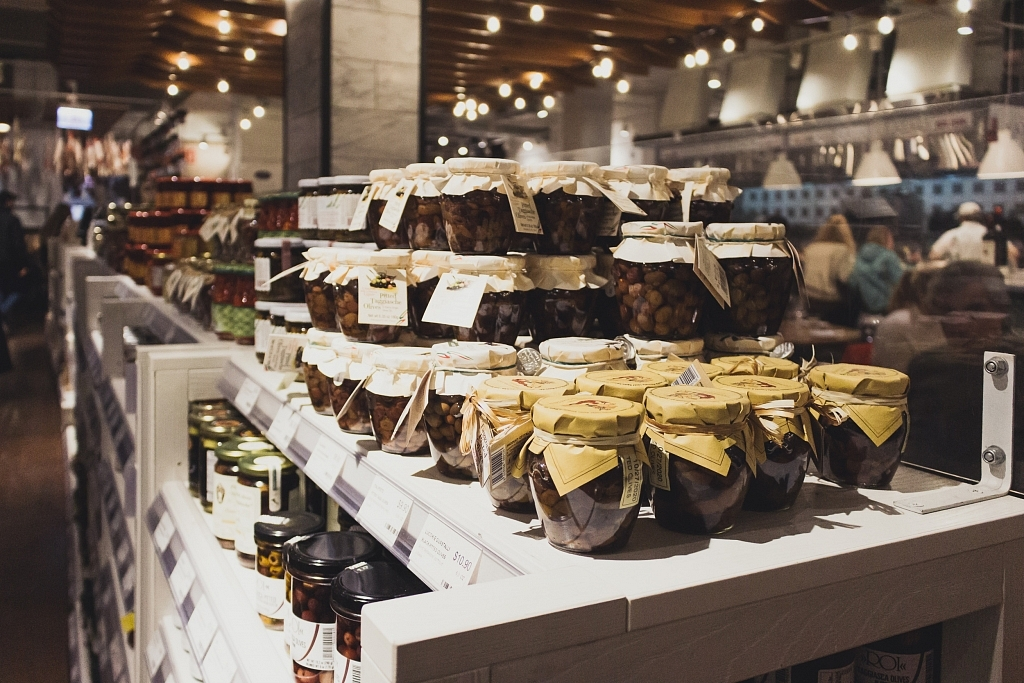 Eataly display, Chicago