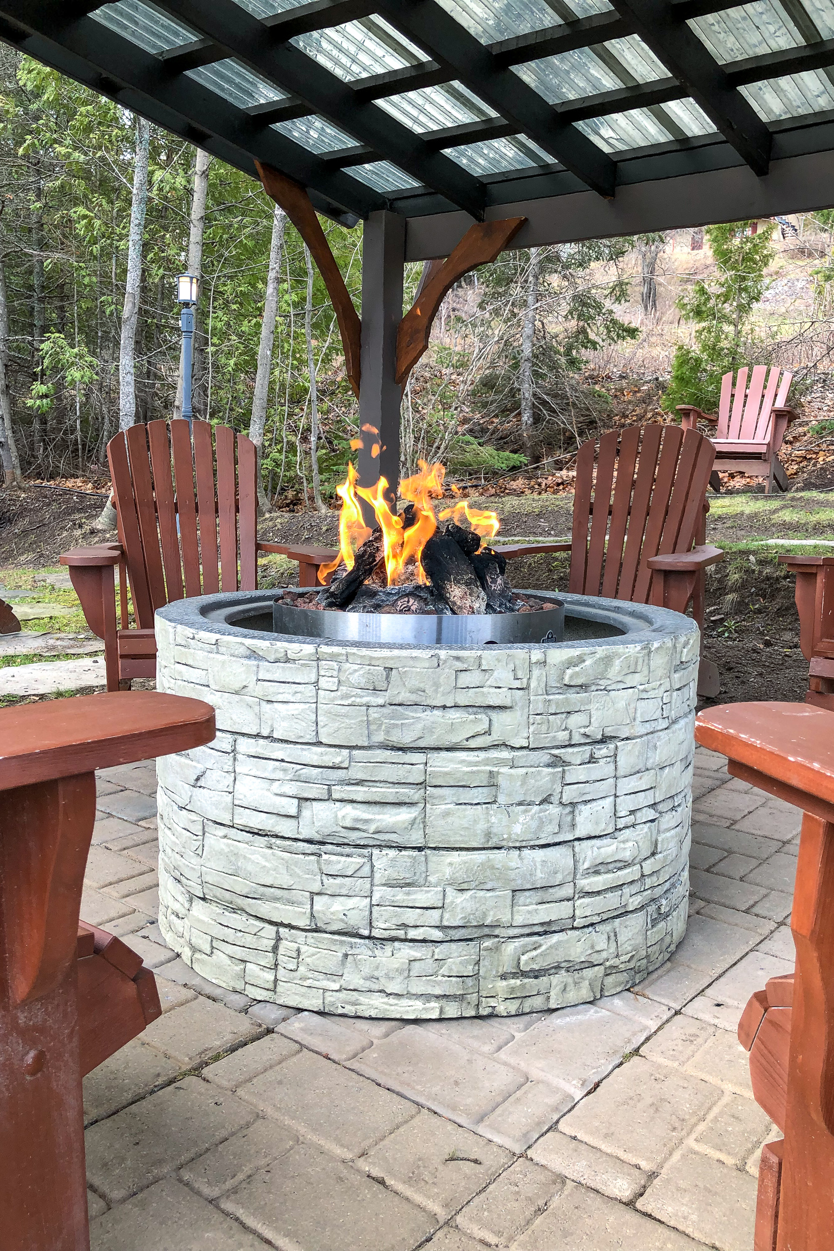 Outdoor fireplace at Auberge des Falaises, Charlevoix